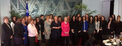 Diplomates et jeunes femmes québécoises de la relève à l'honneur à l'occasion de la journée internationale de la femme